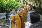 TP.HCM: Phật tử cúng dường trường hạ chùa Sùng Đức