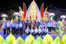 Lâm Đồng: Đoàn sinh GĐPT hát mừng Phật đản